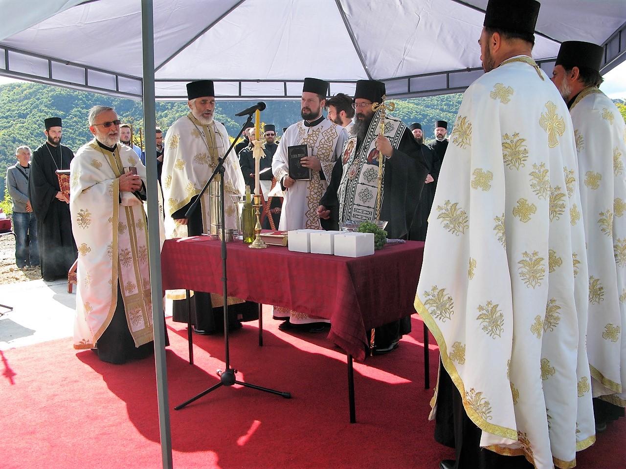 crkva pokrov presvete bogorodice krcagovo uzice (31)