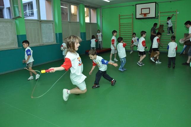 Универзална школа спорта