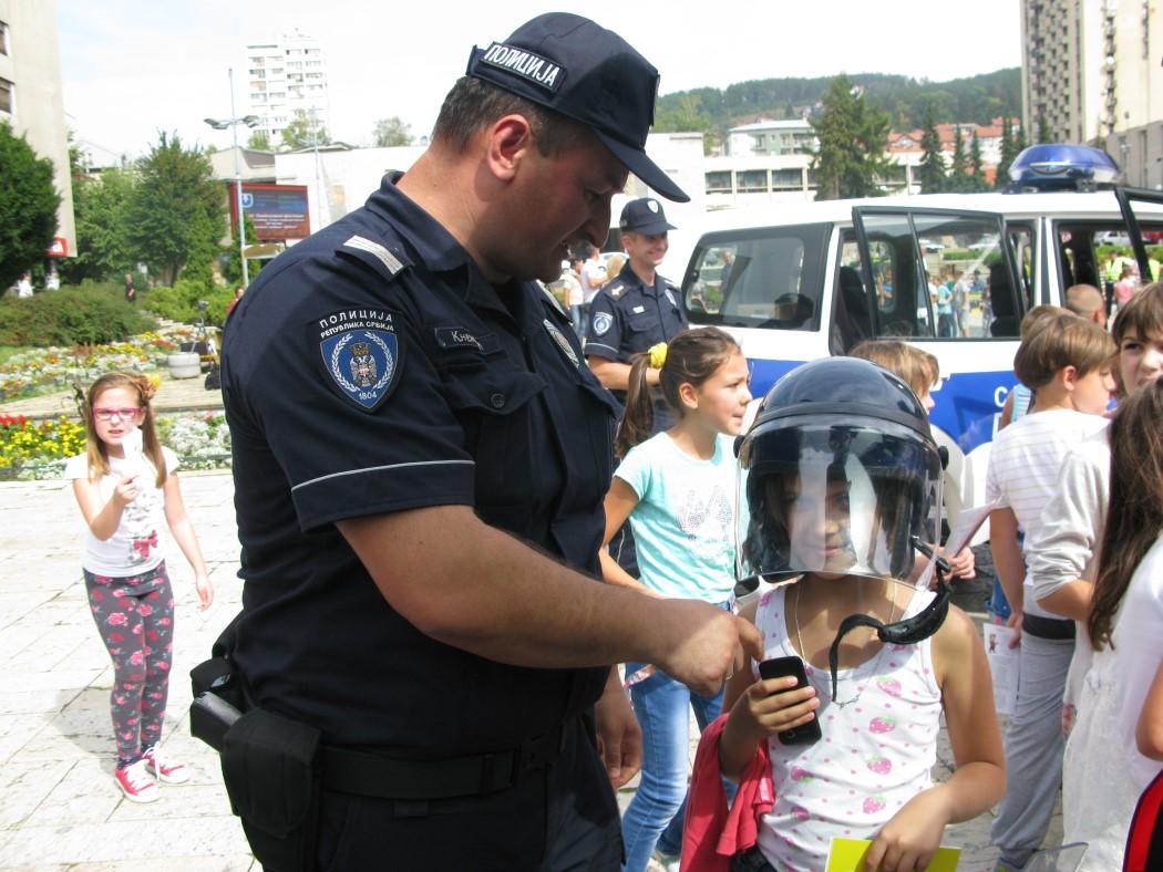 policija 030
