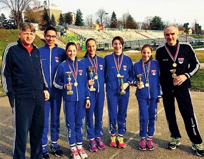 Užički atletičari osvojili PET medalja na Ibarskom krosu