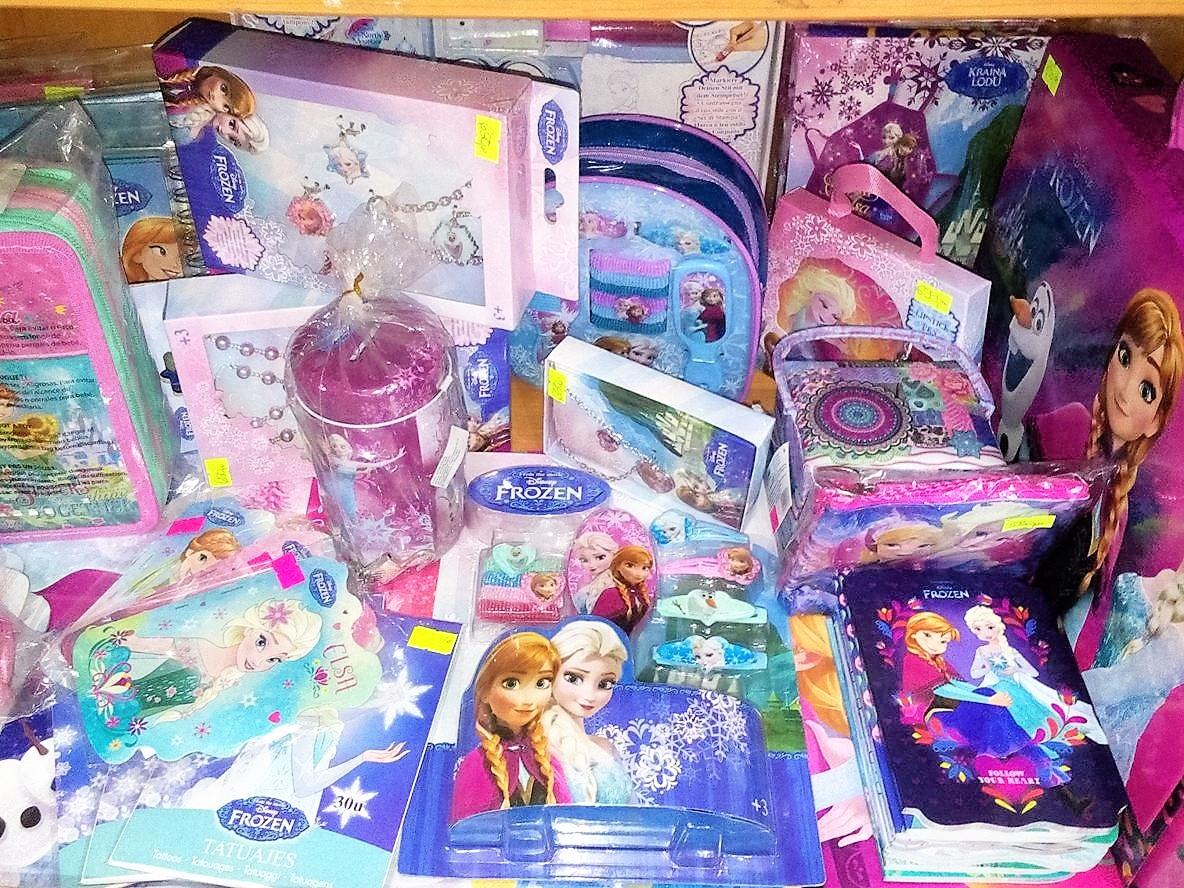 petar pan užice školski pribor, školske torbe, sveske, maped, štedler, frozen, dizni 19