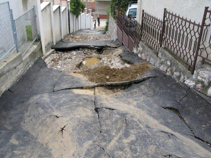 Potpuno uništena ulica