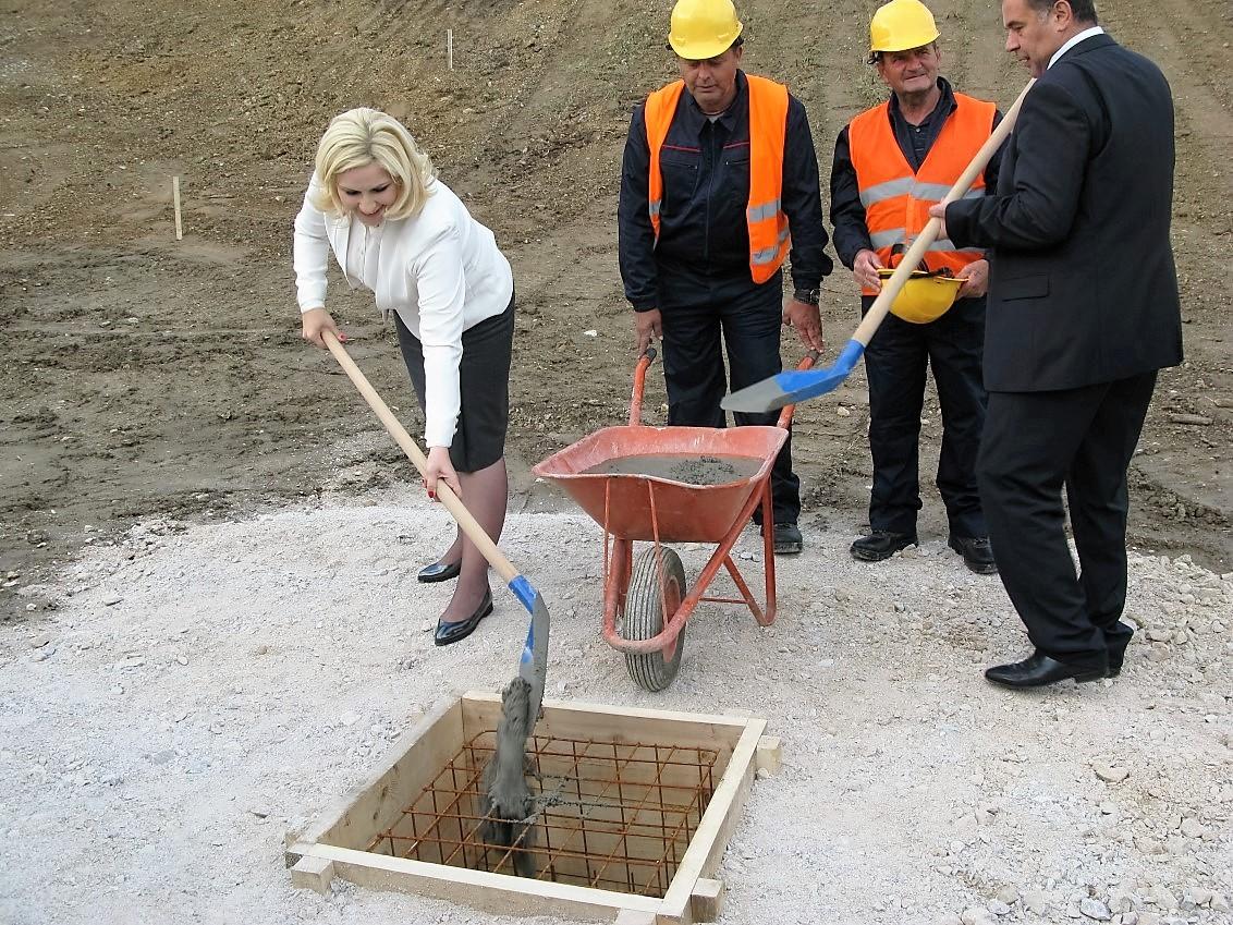 kamen-temeljac-fabrika-vode-uzice-2