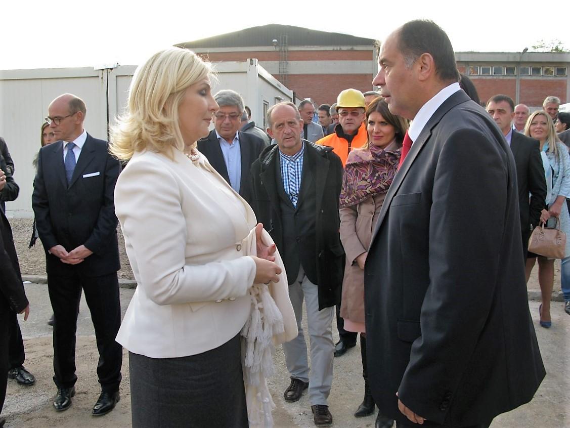 zorana-mihajlovic-tihomir-petkovic-fabrika-vode
