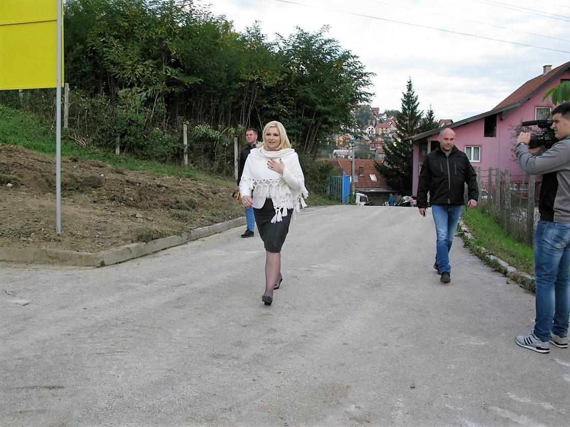 zorana-mihajlovic-u-uzicu