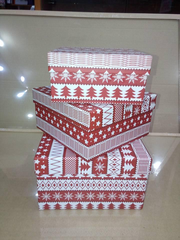 petar-pan-uzice-novogodisnje-kugle-ukras-nakit-kutije-kese-3