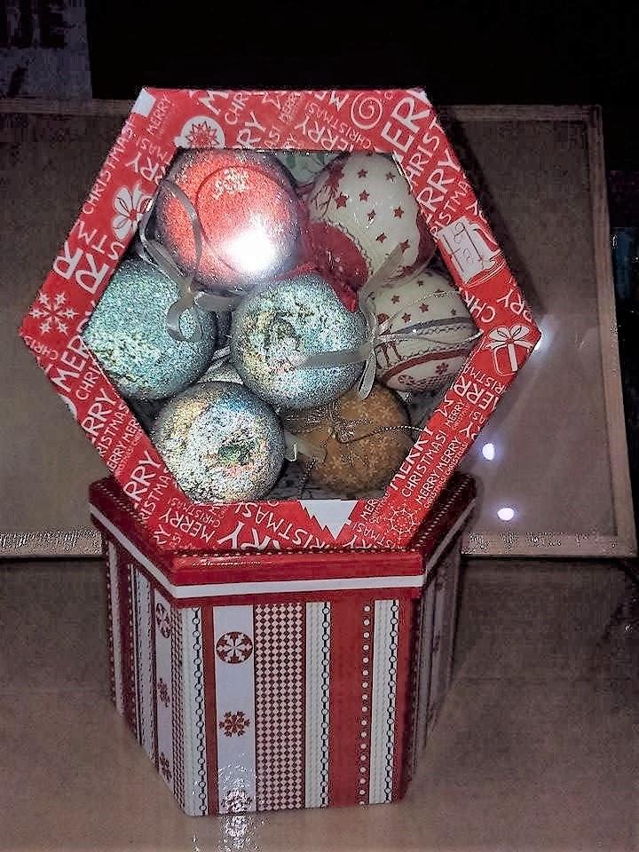 petar-pan-uzice-novogodisnje-kugle-ukras-nakit