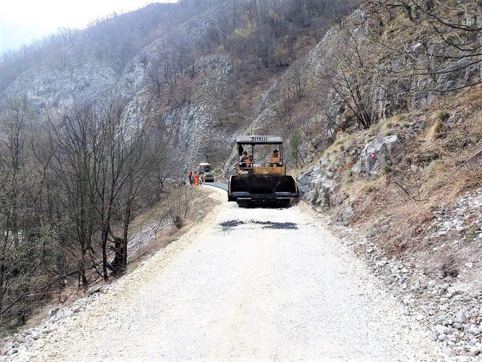 Asfaltirano još kilometar i kusur kroz kanjon Đetinje