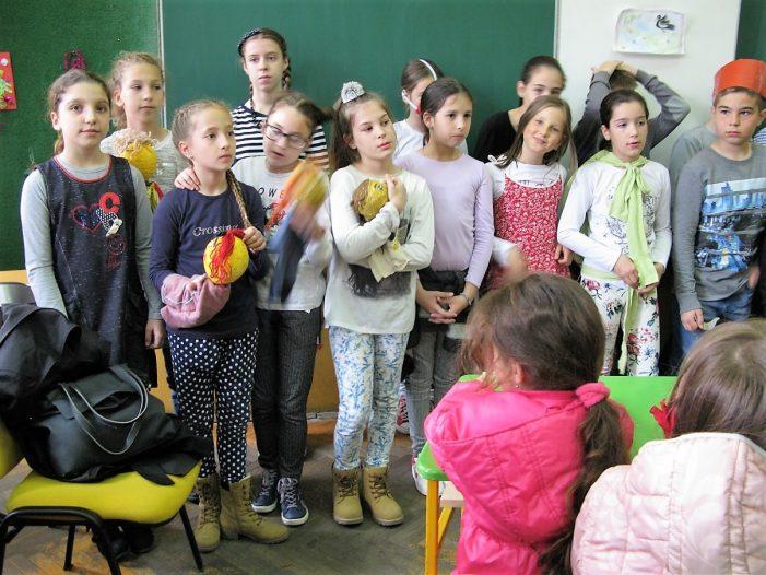 """Предшколци из вртића посетили ОШ """"Краља Петра II"""""""
