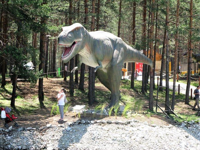 Отворен највећи Дино парк на Балкану