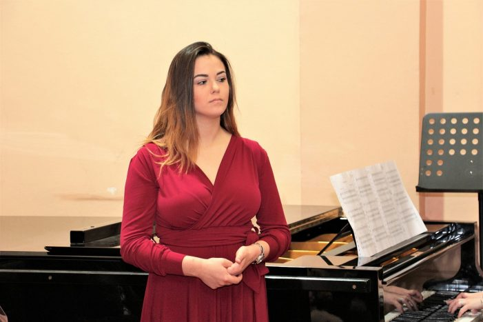 Дипломски концерт Нине Лазендић